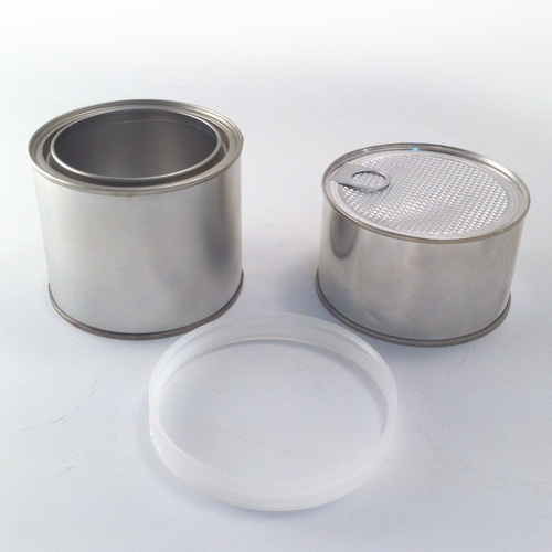 Ring of plastic containers with 2 components